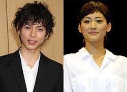 「逆プロポーズしたい」1位の水嶋ヒロさんと「されたい」1位の綾瀬はるかさん