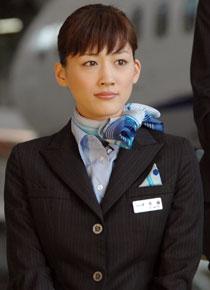 綾瀬はるか 土曜プレミアム「ハッピーフライト」 17.0%!