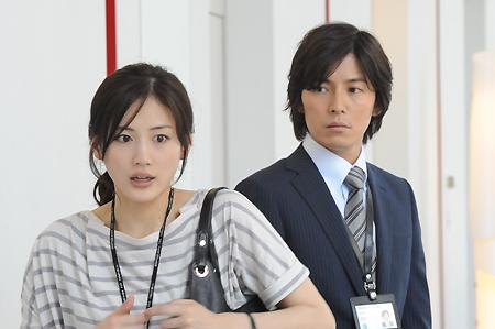 綾瀬はるか主演<ホタルノヒカリ2>初回視聴率16.2% !